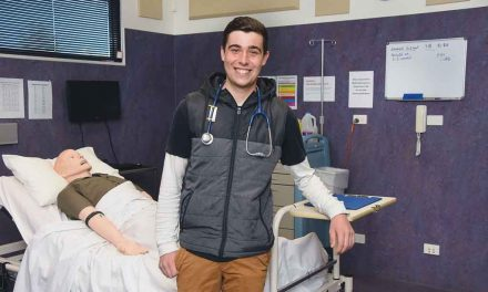 Lachlan's reaping the rewards of Mallee medical scholarship