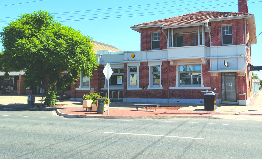Merbein's CommBank closes for good