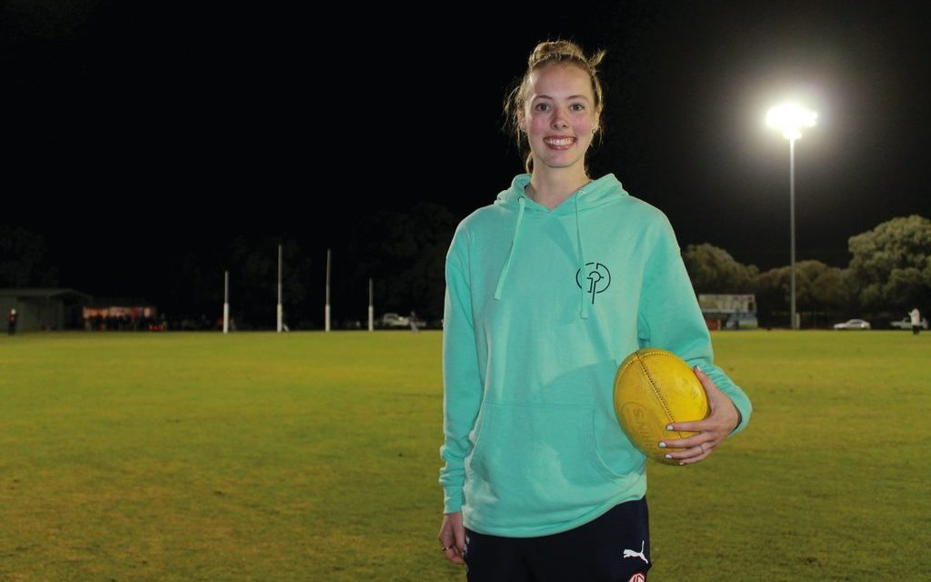 Simmons chases AFLW dream
