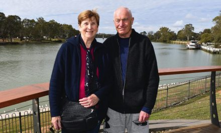 Peter and Kate in love with Mildura